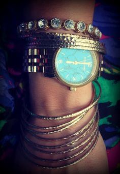 Love this watch too bad they quit making it