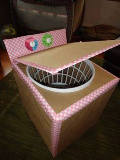 cardboard box, brown paper, pretty duct tape, laundry basket and white knobs = washing machine for kids! I love the duct tape accents. Cardboard Box Crafts, Cardboard Toys, Cardboard Box Ideas For Kids, Cardboard Kitchen, Tape Crafts, Crafts For Kids, Toddler Crafts, Projects For Kids, Diy For Kids