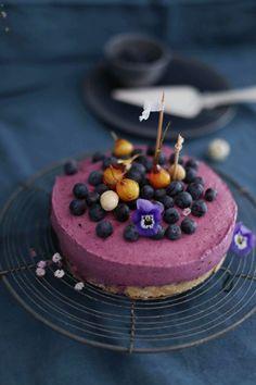 Leichtes Blaubeer-Macadamia-Joghurt-Törtchen mit ONKEN
