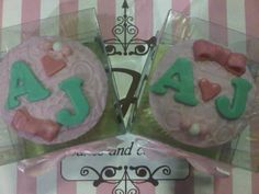 A Engagement Cupcakes