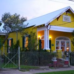 Featured Gay Friendly Accommodations: Auld Sweet Olive B, New Orleans