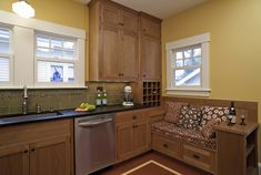kitchen design with built in bench seating | ... Wentworth created seating anyway with this ingenious built-in perch