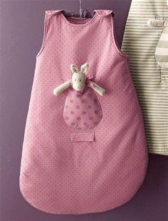 DIY-Baby-Sleeping-Bag-from-template #sleepingbag #baby