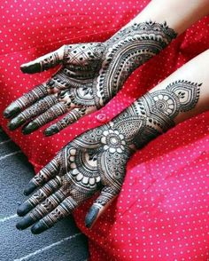 94 Easy Mehndi Designs For Your Gorgeous Henna Look New Bridal Mehndi Designs, Full Hand Mehndi Designs, Indian Mehndi Designs, Henna Art Designs, Mehndi Designs For Girls, Mehndi Design Photos, Beautiful Mehndi Design, Latest Mehndi Designs, Mehndi Images