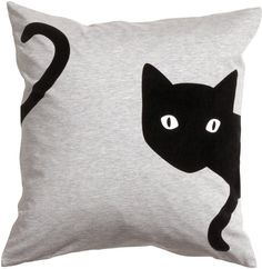 Sewing Cushions Cushion cover in jersey with a printed velvet design. Size 20 x 20 in. Sewing Pillows, Diy Pillows, Decorative Pillows, Throw Pillows, Cat Cushion, Cushion Covers, Pillow Covers, Cat Crafts, Sewing Crafts