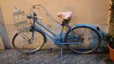 Gabbietta da bicicletta - design urbano, zona Monti