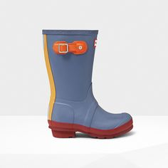 Introducing the Original Kids' Contrast Sole boots. Shop now on hunterboots.com