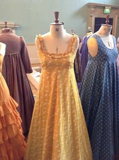 Love these Laura Ashley sleeveless dresses from the mid Laura Ashley Vintage Dress, Laura Ashley Fashion, Laura Ashley Dresses, Laura Ashley Clothing, Vintage Outfits, Vintage Dresses, 1960s Dresses, 1960s Fashion, Vintage Fashion