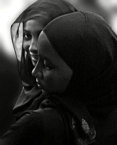 Swahili Charm - Lamu Archipelago, Kenya Stick Fight, Africa People, Fishing Villages, Beach Holiday, Archipelago, Photo Archive, African Art, Kenya, Coast