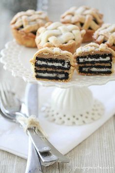 Oreo and Peanut Butter Layered Baby Lattice Pies   Picky Palate