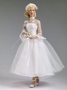 Marilyn Monroe Shipboard Wedding Doll Tonner 2013