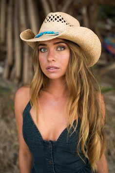 46ae674a027a2 Raffia straw hat with Shapeable Brim and beautiful turquoise stones. Love  the Soft Inner Terry
