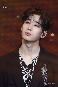 Read Capítulo 6 from the story ➠Eternidade [Han SeungWoo] ᴼᵐᵉᵍᵃᵛᵉʳˢᵉ'ᴴᵉᵗᵉʳᵒ VICTON by Jxdxcc (Seungwoo SOLO) with 658 reads. Spirit Fanfics, Bare Face, Male Beauty, Kpop Groups, Handsome Boys, Korean Singer, K Idols, Beautiful Boys, Photo Cards