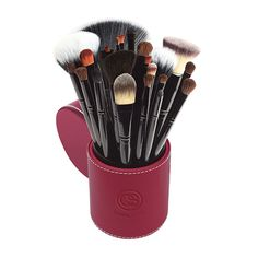 Coastal Scents - 22 Piece Brush Set with Cup
