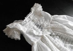 Vintage Victorian Christening Gown English par Vintagefrenchlinens