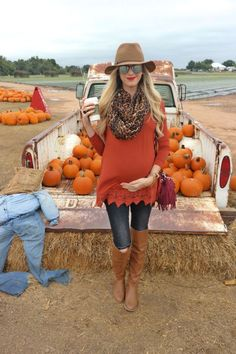 Fashionable maternity fashions outfits ideas 82