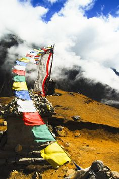 nepal prayer flags by ~MugdimanDhaulagiri on deviantART