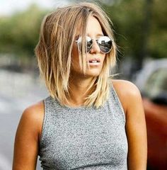 Wanna add some modern and stylish touch to your classy short haircut? These 20 Short Shag Haircuts can be inspiring for many women who want to spice up their style! A shag cut is a technique that uses choppy layers to create fullness in the crown, and thin fringe around the edges to frame wearer's …