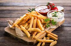 Φριτέζα αέρος: Απόλαυσε επιτέλους τηγανητά χωρίς <mark>ΚΑΘΟΛΟΥ</mark> τύψεις!  #πατατεςτηγανητες #τηγανισμαστοναερα #τηγανισμαχωριςλαδι #φριτεζα #φριτεζααερος #φριτεζαθερμουαερα FOOD & DRINKS Rose Bakery, Chickpea Fries, Best French Fries, French Fry Cutter, Western Diet, Clam Chowder, Fried Potatoes, Secret Recipe, Chicken Tenders