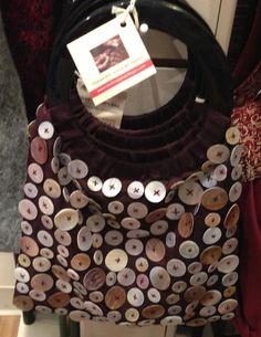 ButtonArtMuseum.com - Button bag