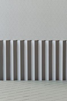 Porcelain stoneware wall/floor tiles ROMBINI CARRÈ LIGHT GREY by MUTINA design Ronan & Erwan Bouroullec