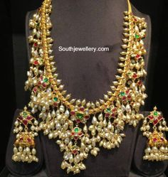 Guttapusalu Haram and Jhumkas Set - Indian Jewellery Designs Classic Bridal Jewellery, Indian Bridal Jewelry Sets, Fancy Jewellery, Indian Jewellery Design, Indian Jewelry, Jewellery Designs, Gold Jewelry, Gold Necklaces, Temple Jewellery
