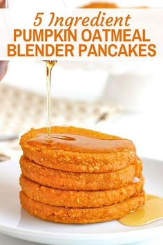 Just 5 ingredients and a quick blend in the blender is all it takes to prepare the batter for these Healthy Pumpkin Oatmeal Blender Pancakes. A nutritious and delicious way to start the day! #blenderpancakes #pumpkinpancakes Moist Pumpkin Bread, Pumpkin Spice Muffins, Pumpkin Oatmeal, Healthy Pumpkin, Healthy Waffles, Healthy Treats, Healthy Recipes, Sweet Breakfast, Breakfast Recipes