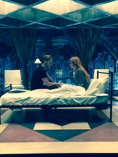Jace and Clary... @ShadowhuntersTV @cassieclare @DomSherwood1 @Kat_McNamara @EDecter @TMI_Source @TMI_Institute