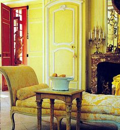 The french do yellow, often seen in their kitchens & with a splash of red, so Well. chateau de morsan
