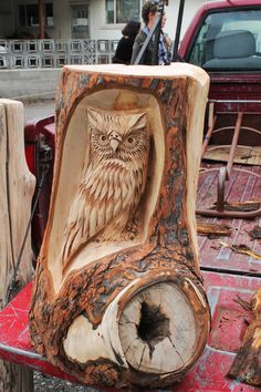 Owl Wood Carving by Chainsaw-M-Carvings on DeviantArt Dremel Wood Carving, Wood Carving Art, Wood Art, Tree Sculpture, Sculptures, Hand Carved Walking Sticks, Wood Owls, Wood Carving Patterns, Woodworking Crafts