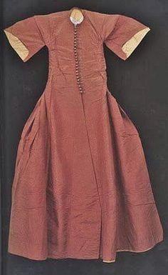 Silk inner Kaftan, 17th century.  (Topkapı Palace Museum).