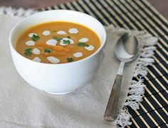 Ginger Carrot Soup - Girl Cooks World Healthy Eating Recipes, Raw Food Recipes, Soup Recipes, Vegetarian Recipes, Vegan Food, Vegetarian Soup, Vegan Soups, Healthy Drinks, Healthy Foods