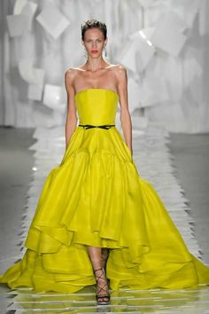 Yellow-fashion-trends-for-summer-2012-2-682x1024.jpg 682×1024 pixels