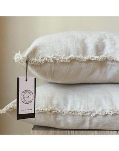 Fluffy Pillows, Diy Pillows, Boho Pillows, Decorative Pillows, Throw Pillows, Cozy Cover, Shabby Home, Living Room Lounge, Living Room Remodel