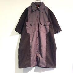 ・Dickies・ bi-color-big-shirt - ¥7800 - グレーと黒のバイカラーシャツ。 程よく張りのある生地感が一枚で着ても羽織にしても良いシルエットに。 開襟にしても抜け感がでて◎ - ■0.14■ - ■渋谷区神宮前3-15-8シャンブル15-201号室■ - ■通販はDMもしくはTEL・03-6447-0941迄■ - #reitenichiyon #fashionstore #vintage #used #原宿 #古着 #古着屋 #ユニセックス#90s #00s #10s #harajuku #fashion #code #photography #mode http://tipsrazzi.com/ipost/1507793232989557547/?code=BTswfTvFJMr