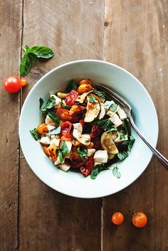 Roasted Caprese Salad (with cherry tomatoes, zucchini and more...)