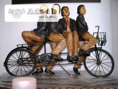 Escultura em fibra de vidro bicicleta ferro. mais informação é só perguntar