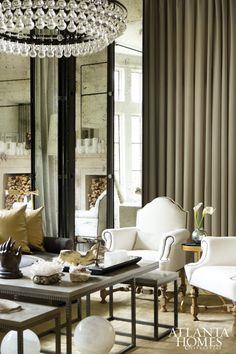 Living Room | Design by Susan Ferrier, Mcalpine Booth & Ferrier Interiors // Photographed by Erica George Dines | Atlanta Homes & Lifestyles