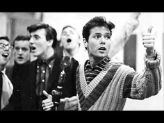 Lesson in love - CLIFF RICHARD AND THE SHADOWS.wmv - YouTube