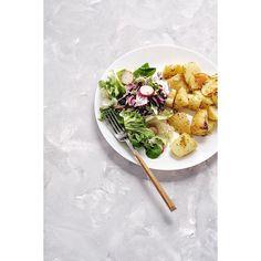 Placinta taraneasca cu branza sarata/ Country-style salty cheese pie | Andie Cheese Pies, Potato Recipes, Country Style, Greek, Lemon, Potatoes, Baking, Cake, Instagram