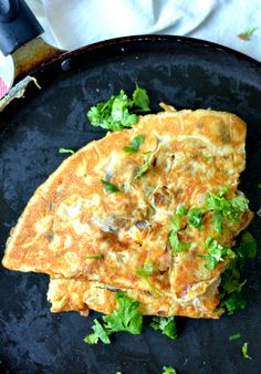 Indian style Masala Omelette- with a special spice mix. A healthy breakfast dish, typically served with toasted bread, Chai and ketchup. Healthy Breakfast Dishes, Healthy Omelette, Omelette Recipe, Indian Food Recipes, Asian Recipes, Vegetarian Recipes, Cooking Recipes, Healthy Recipes, Egg Recipes