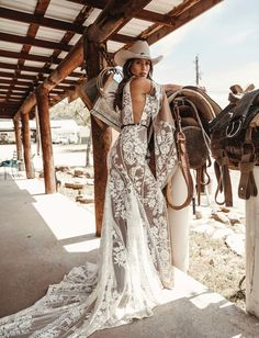 A sneak peak at the brand new modern and romantic boho wedding dress collections, Moonrise Canyon from Rue De Seine available exclusivley at our bridal shops. Lilac Wedding, Green Wedding Shoes, Dream Wedding, Western Wedding Dresses, Boho Wedding Dress, Cowgirl Wedding, Mermaid Wedding, Western Wedding Rings, Country Wedding Photos