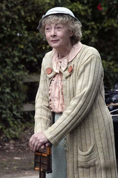 Kindred of the Quiet Way: Miss Marple. The best Miss Marple actress I've seen thus far. Wish she had done more shows.