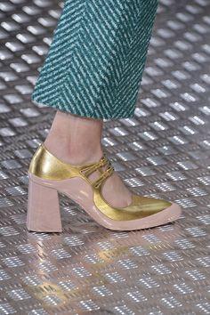5a2f447eedac Fall 2015 s Top Shoe Trends