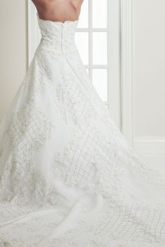 Melaine - A-Line Queen Anne Short Sleeve Wedding Dress - Ophelia Contessa White on White