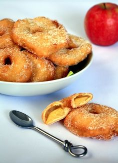 Beignets aux pommes - Amandine Cooking - The Best Pureed Recipes Pureed Food Recipes, Donut Recipes, Gourmet Recipes, Sweet Recipes, Cooking Recipes, Beignets, Churros, Donuts, How To Roast Hazelnuts