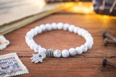 6mm  bracelet élastique en perles howlite blanche micro pavé