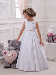 Cheap girls dress white, Buy Quality girls dress directly from China flower girl dresses white Suppliers: Hot Flower Girl Dress White Bow Sash Sleeveless O-Neck First Communion Dress Hot Sale Vestidos Yellow Flower Girl Dresses, Wedding Flower Girl Dresses, Flower Dresses, Wedding Party Dresses, Flower Girls, Baby Flower, Dress Party, Party Gowns, Bridesmaid Dresses