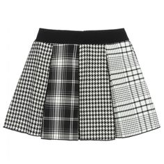 Girls black and white skirt by Italian designer Elsy, in a soft woven viscose blend. Pleated and flared, it has both houndstooth and checked patterns. White Pleated Skirt, Black And White Skirt, White Plaid, White Skirts, Skirts For Kids, Tweed Skirt, Plaid Skirts, Diy Shirt, Houndstooth