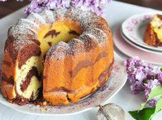 V českých a moravských zemích byly koláče, sladká jídla a moučníky vždy oblíbené.